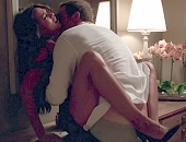 Rosario Dawson receives oral & gets banged on the table