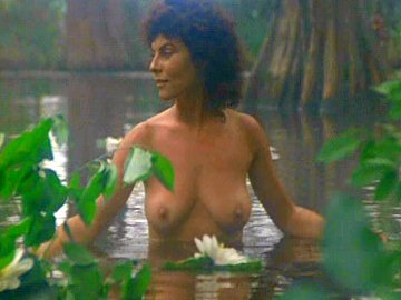 Adrienne Barbeau Seen Naked In The Swamp Splashing Water Over Her
