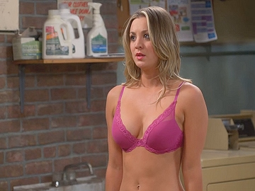 Hot Blonde Celeb Kaley Cuoco Stripping To Her Sey Bra And Seduces A
